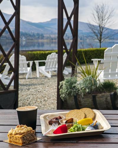 Loch Fyne Oysters Deli - delicious takeaway picnics